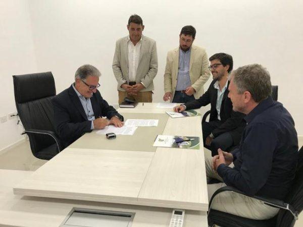 Firma-convenio-Transporte-Urbano-de-Pasajeros-10-02-2020